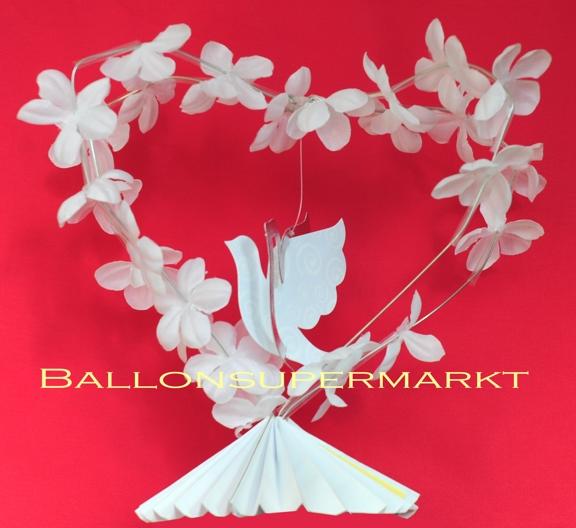 Tischdekoration Hochzeit, Hochzeits-Tischständer, Herz aus weißen Blüten mit Hochzeitstaube